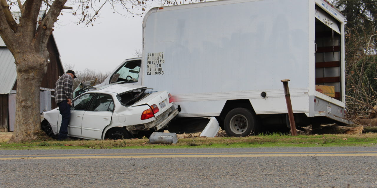 Two vehicles crash, two people injured in Winton